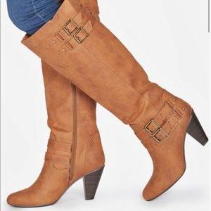 JustFab    NWOT Tall Wide Calf Boots   Tan
